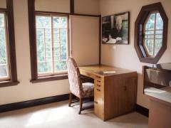 山本有三記念館の洋室書斎