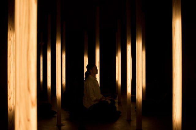 瞑想スタジオで究極の癒しを