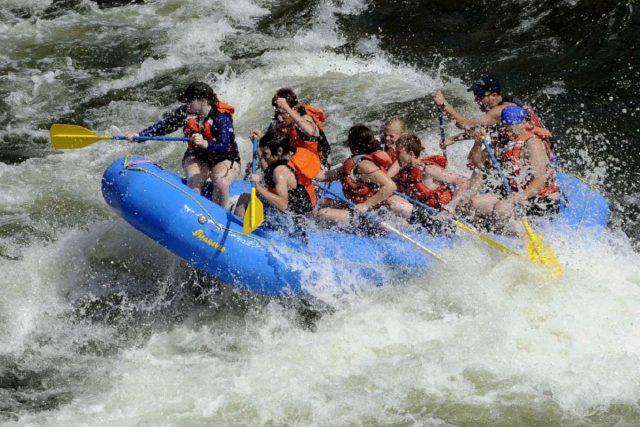 ラフティンブなど川の遊び